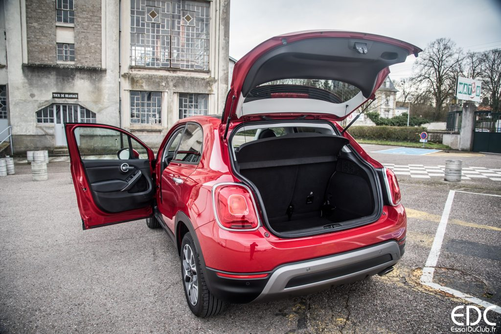 fiat 500x essai du crossover aux couleurs italiennes essais du club. Black Bedroom Furniture Sets. Home Design Ideas
