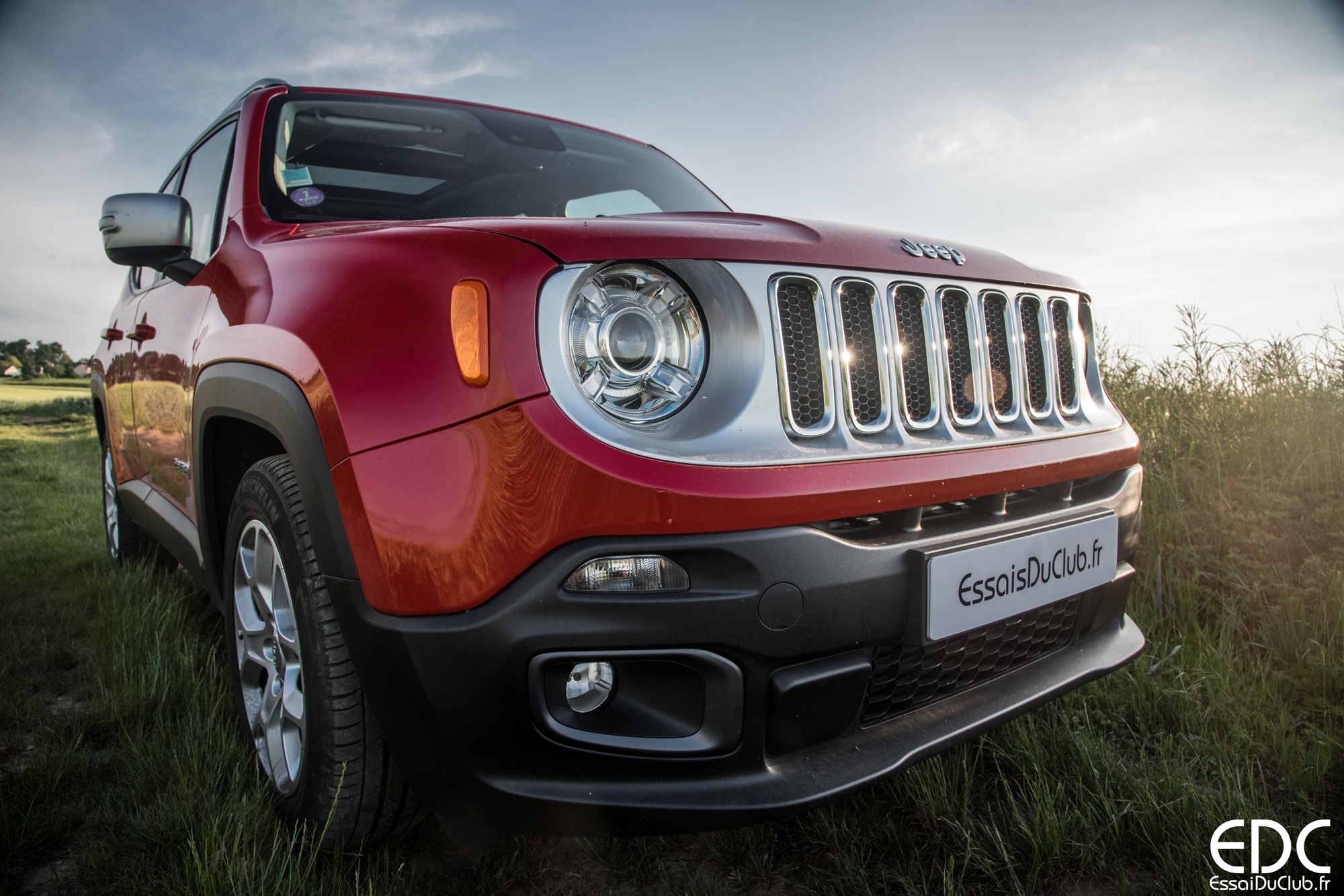 jeep renegade limited 1 4 multiair 140 bva6 essais du club. Black Bedroom Furniture Sets. Home Design Ideas