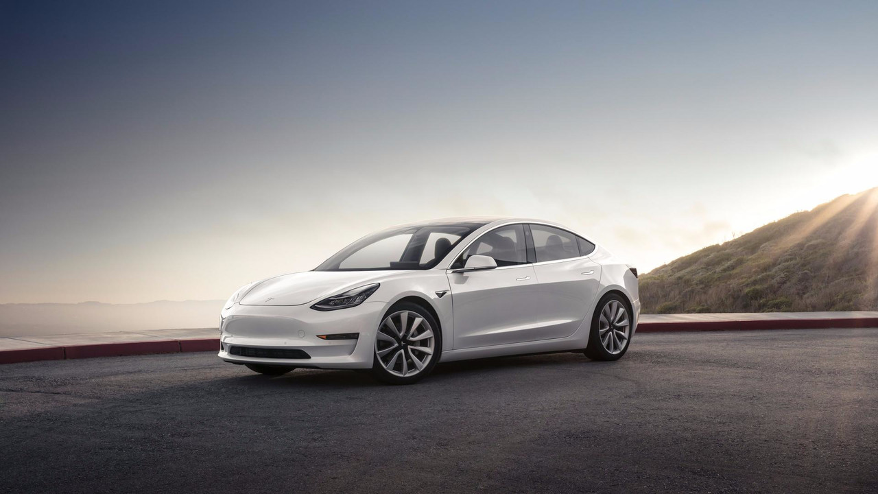 tesla pr sente sa nouvelle model 3 essais du club. Black Bedroom Furniture Sets. Home Design Ideas