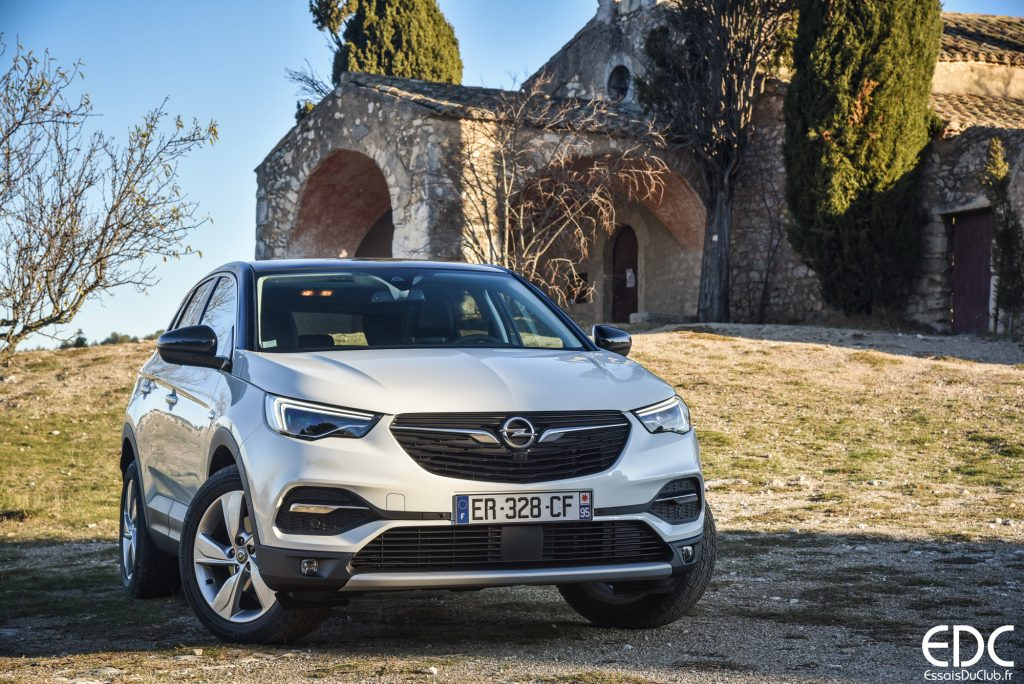 essai de l 39 opel grandland x le suv compact qui fait trembler le 3008. Black Bedroom Furniture Sets. Home Design Ideas