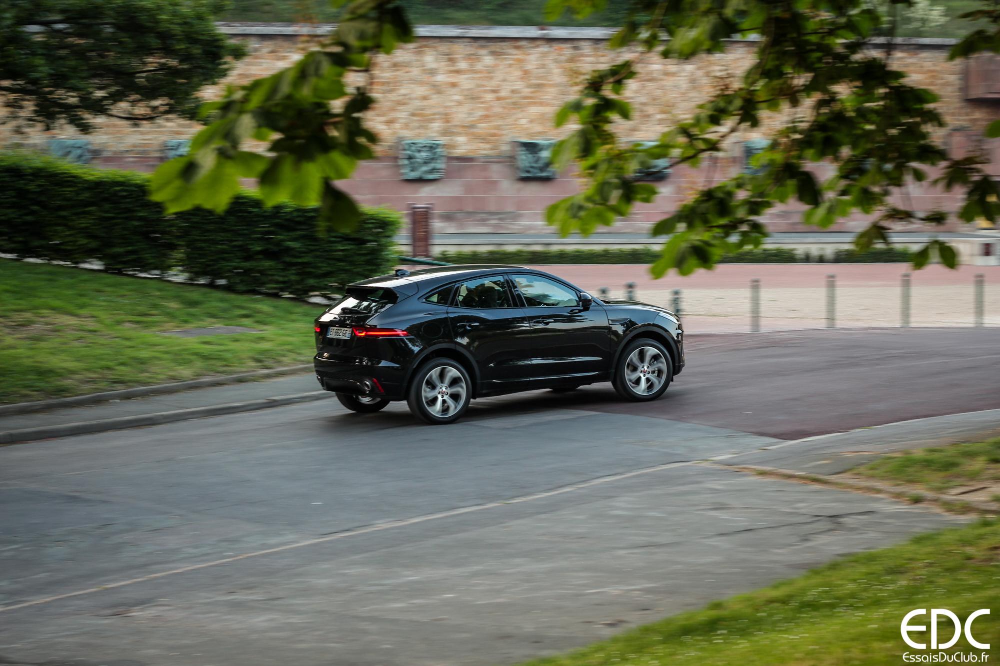 Jaguar E-PACE filé