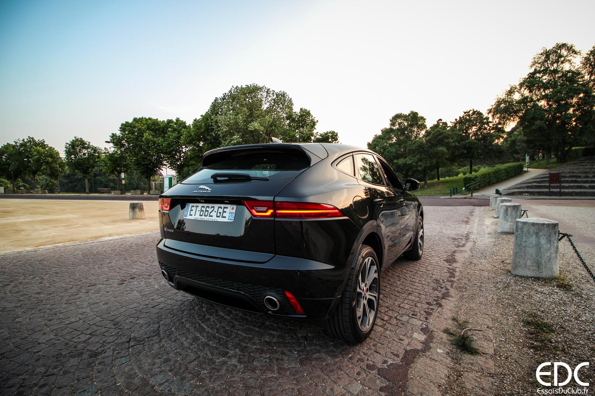 Jaguar E-PACE arrière sportif