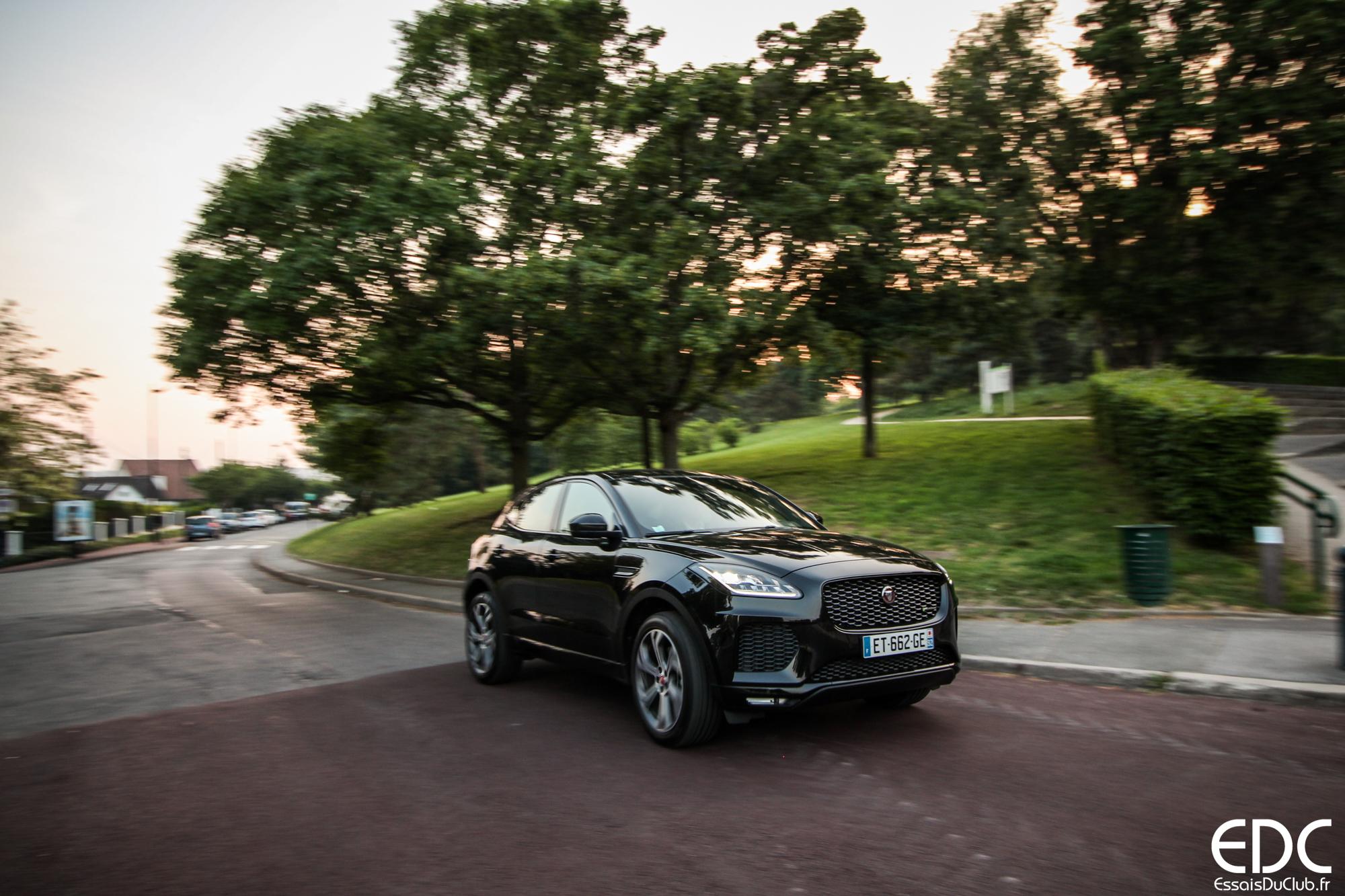 Jaguar E-PACE dynamique AV