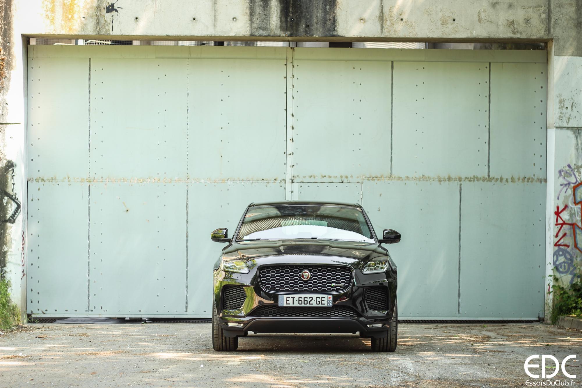 Jaguar E-PACE avant