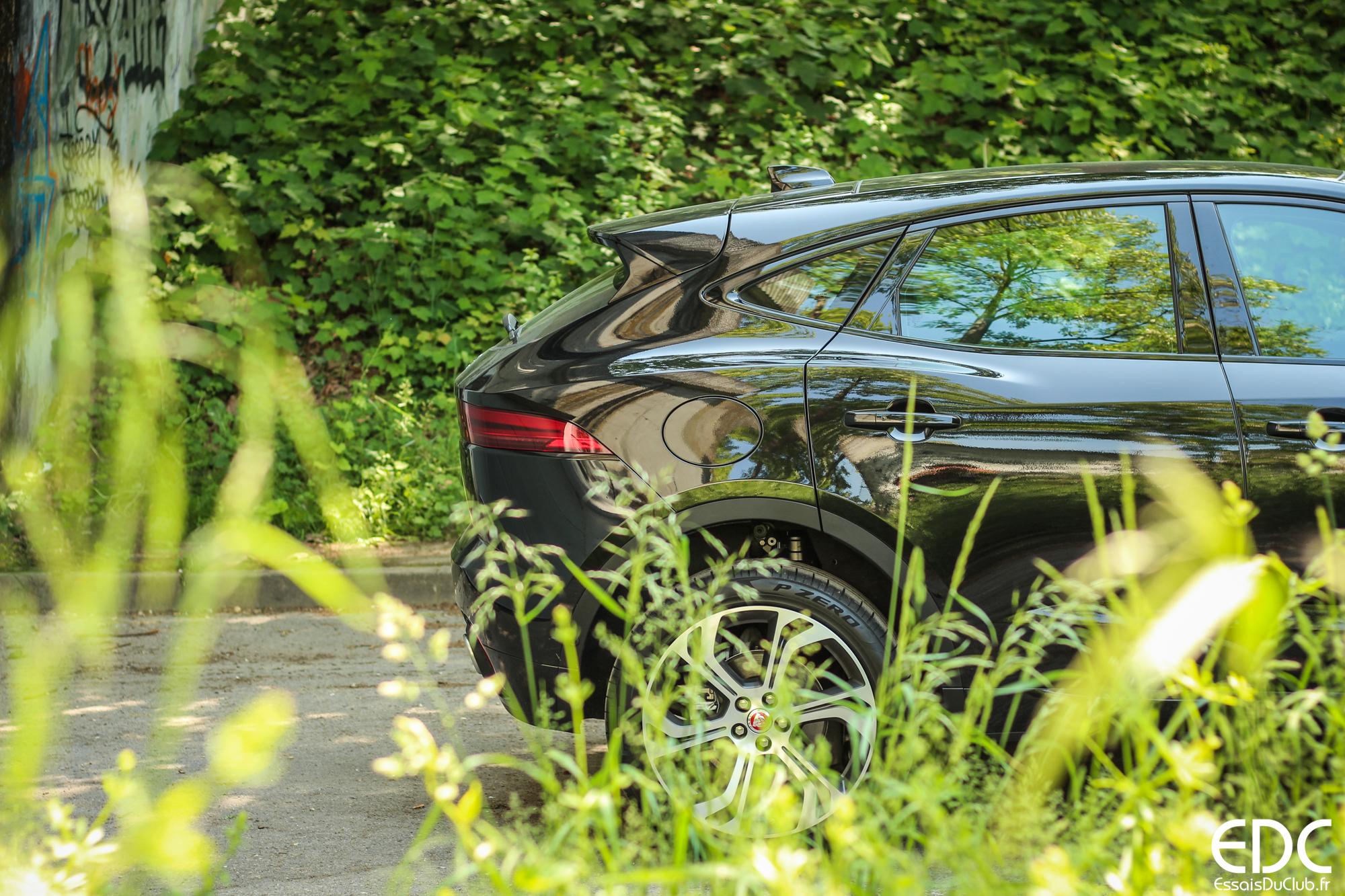 Jaguar E-PACE campagne