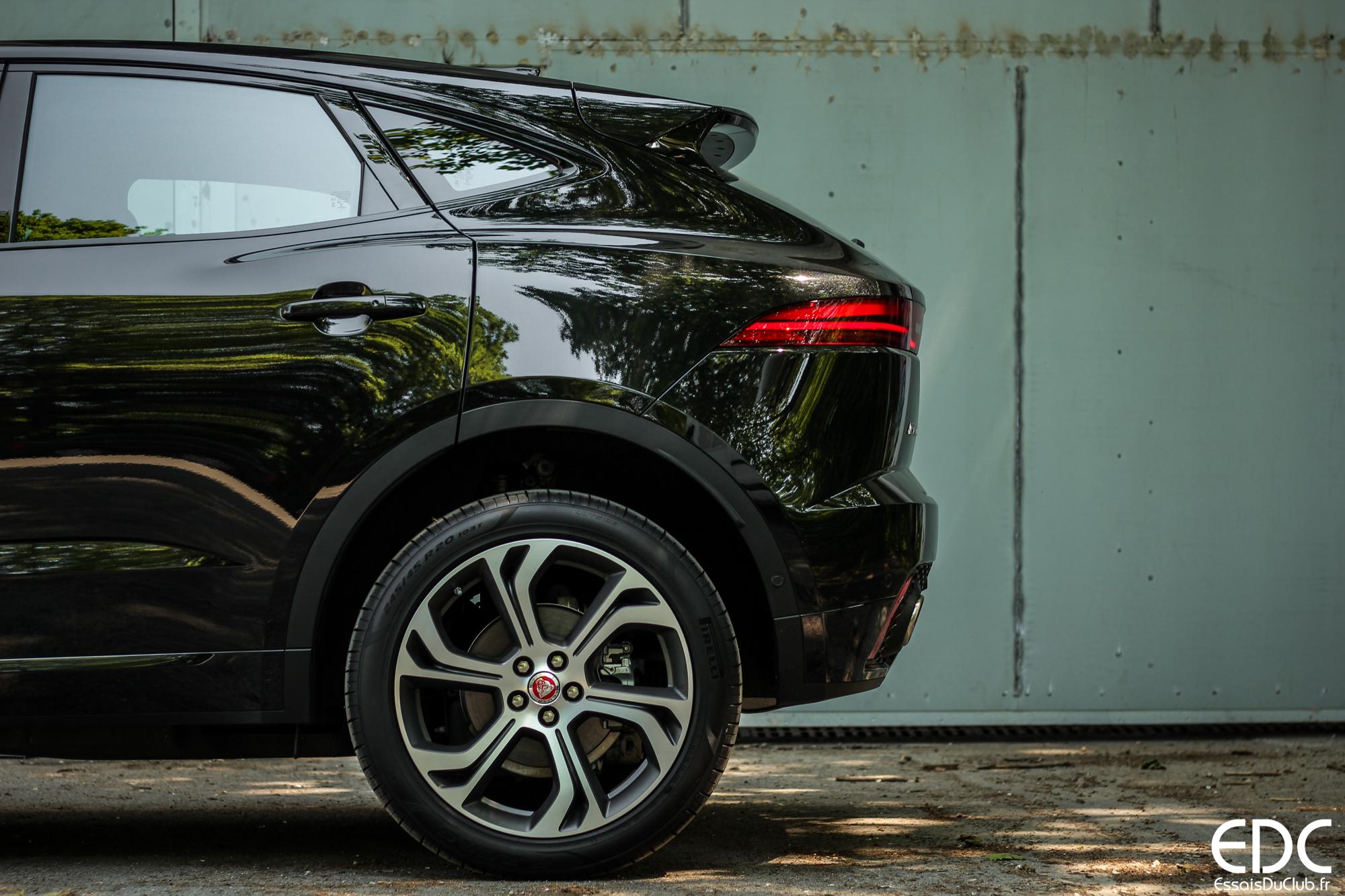 Jaguar E-Pace arrière profil