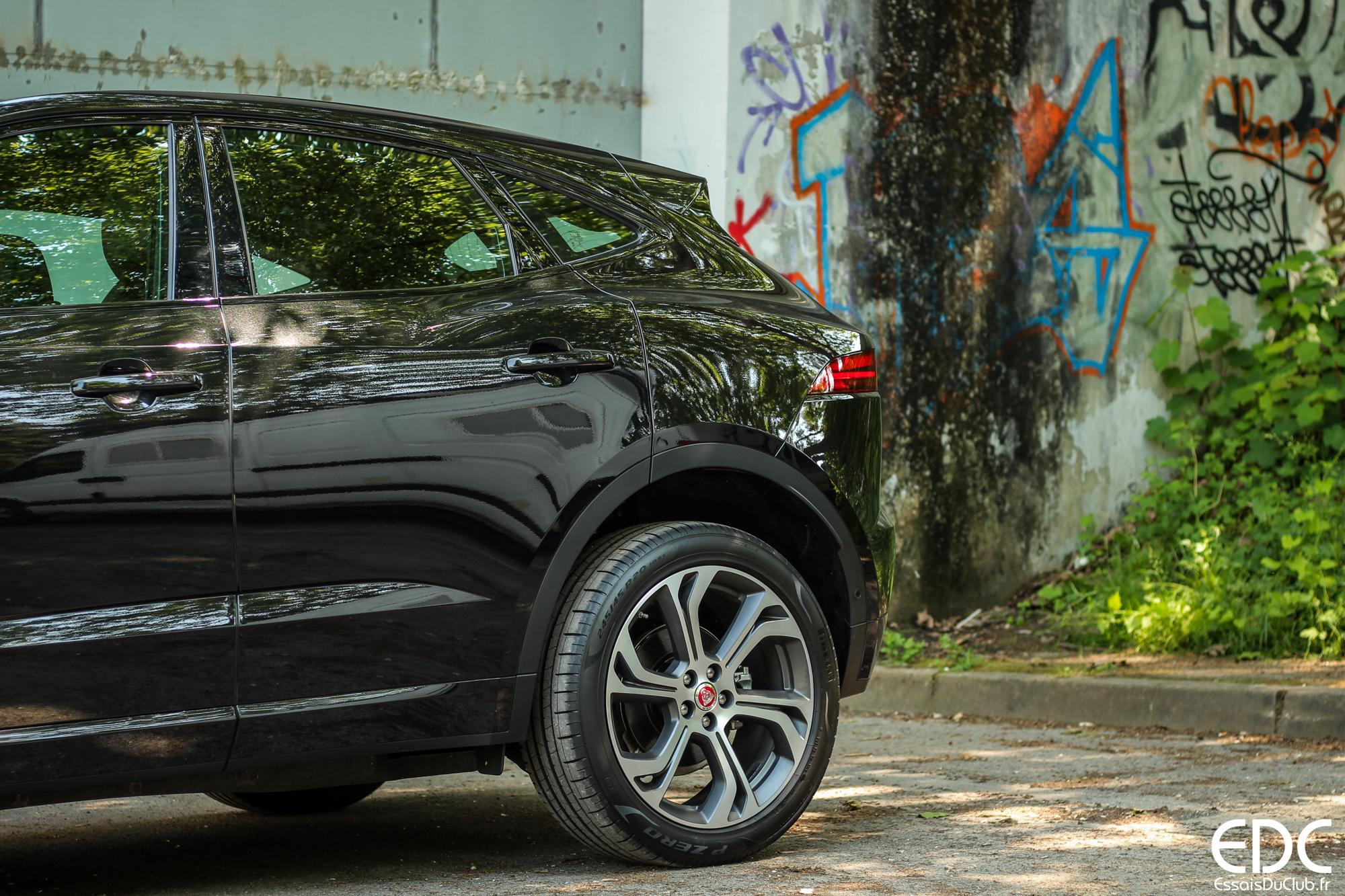 Jaguar E-PACE ville