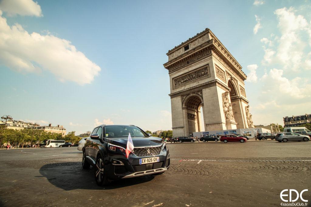 Peugeot 5008 Paris