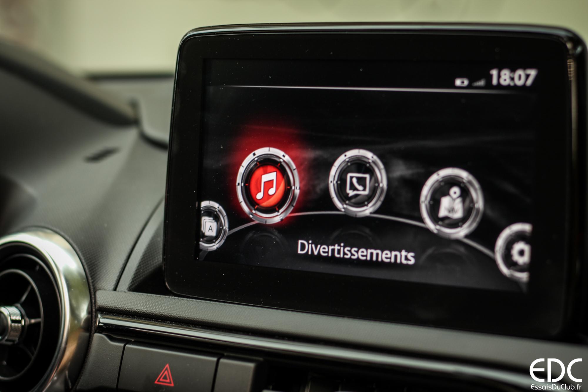 Mazda MX-5 RF écran