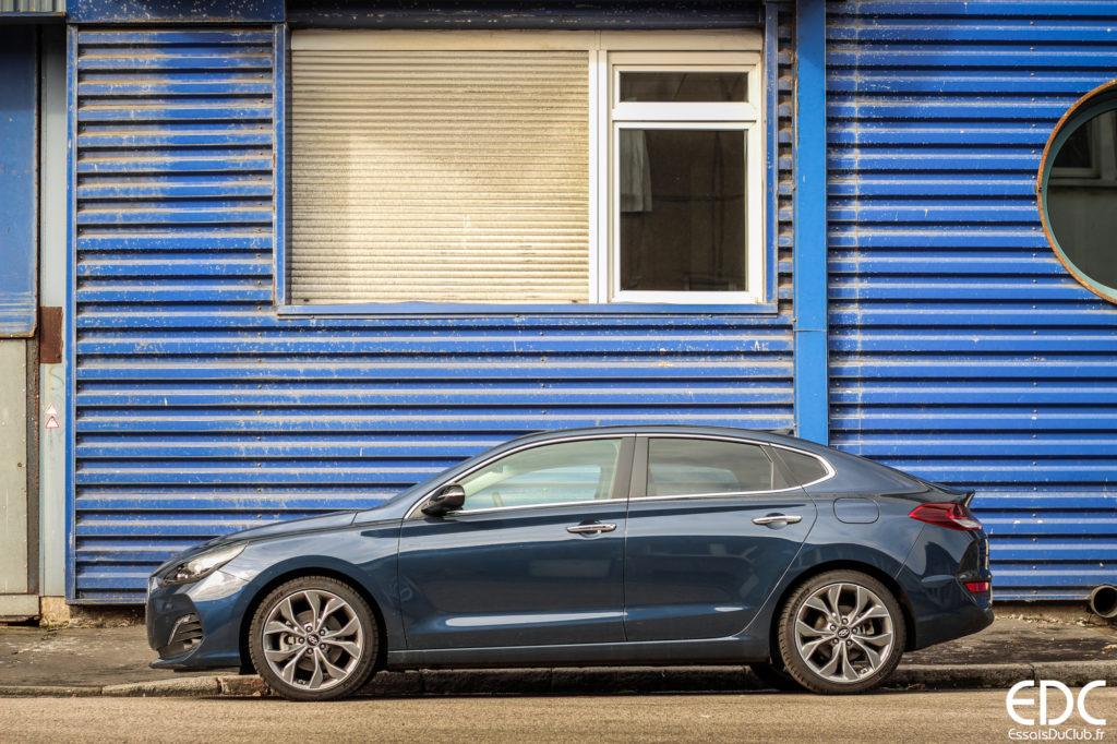 Hyundai i30 Fastback profil
