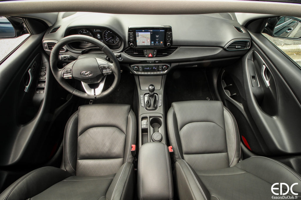 Hyundai i30 Fastback intérieur