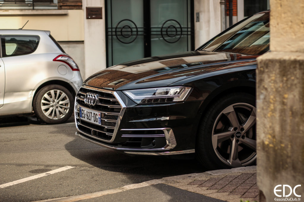 Audi A8 roues directrices