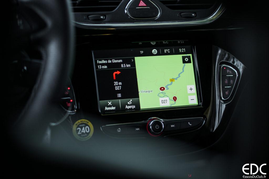 Opel Corsa GSi écran