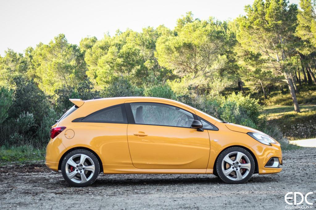 Opel Corsa GSi profil