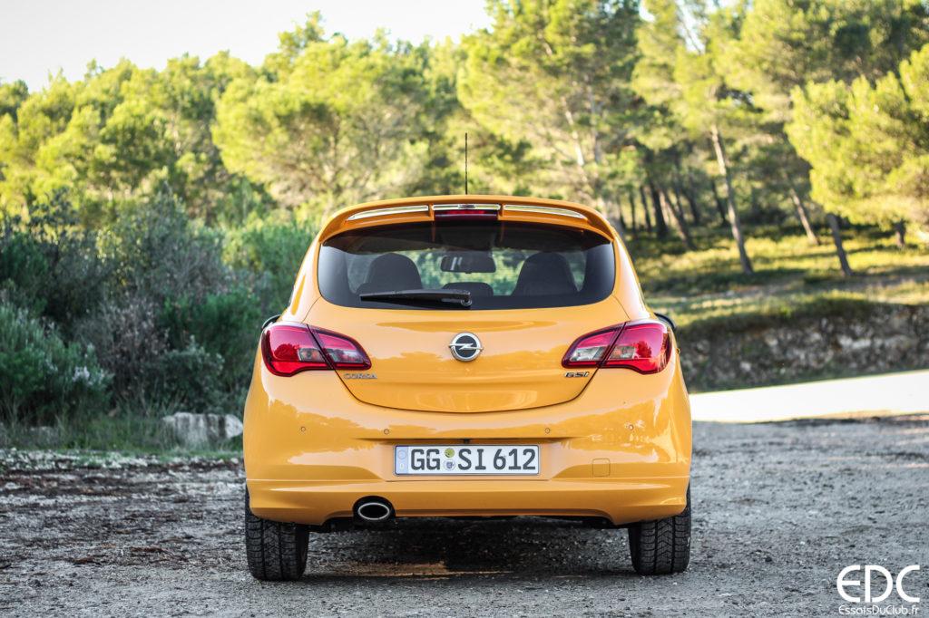 Opel Corsa GSi arrière