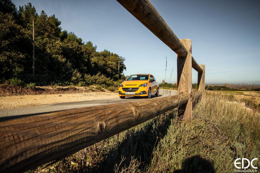 Opel Corsa GSi jaune