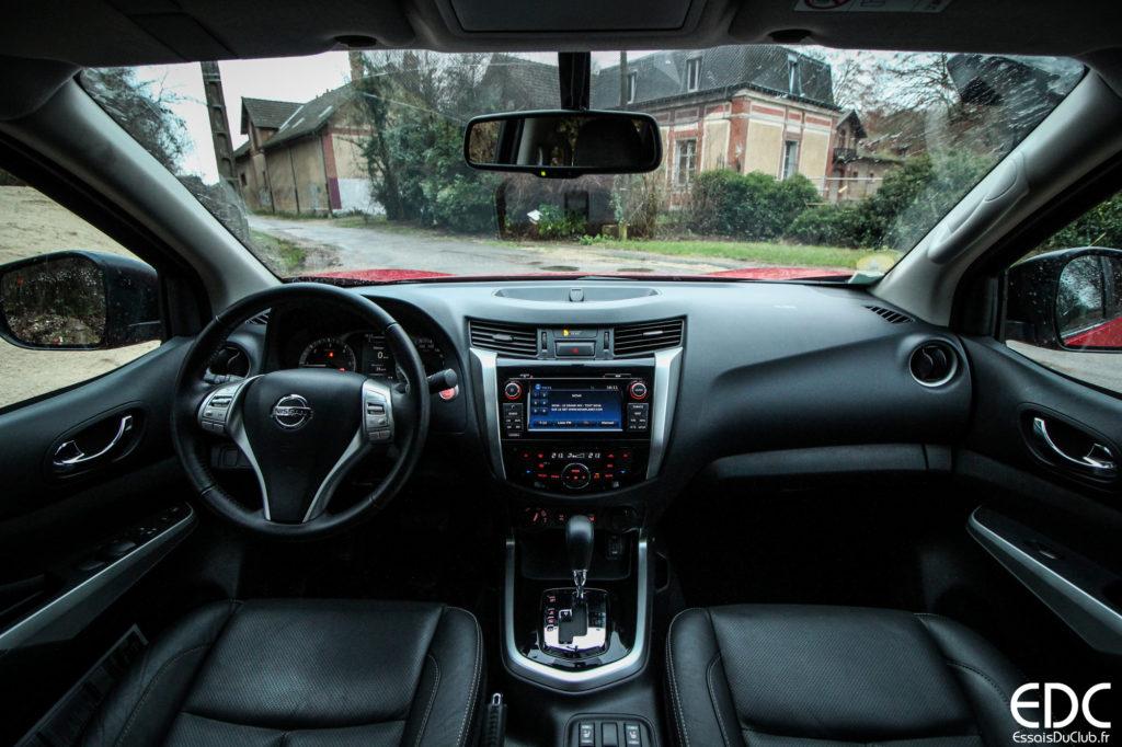 Nissan Navara intérieur