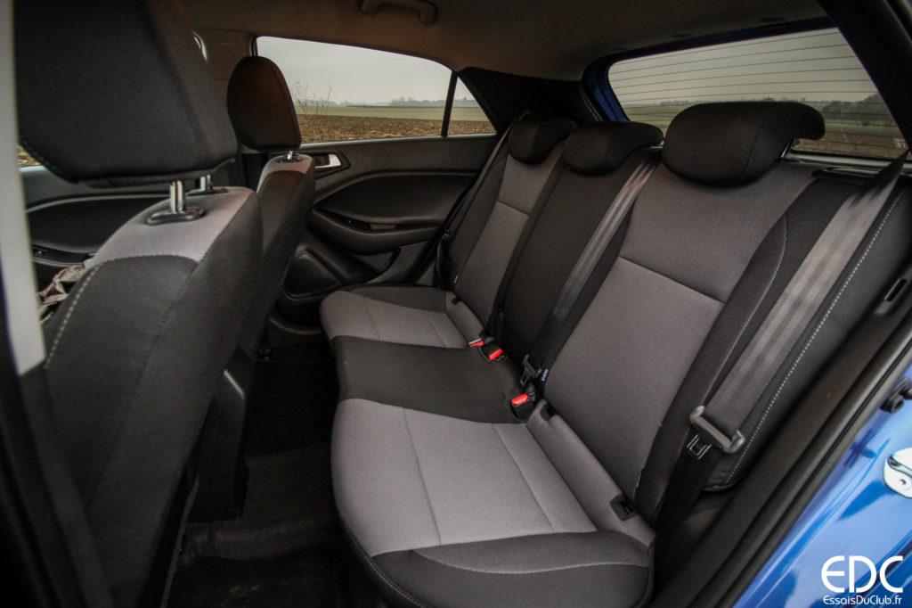 Hyundai i20 espace arrière