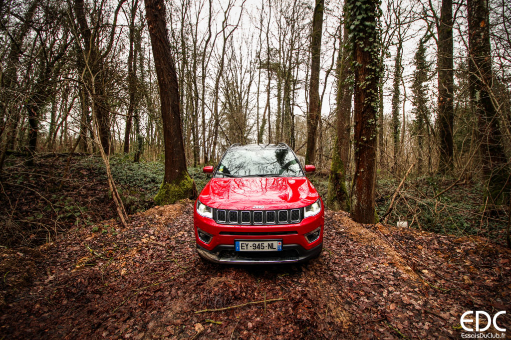 Jeep Compass rouge