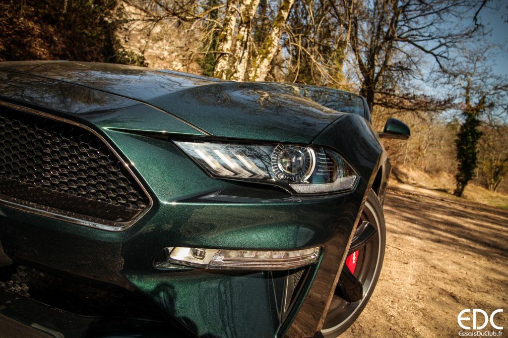 Ford Mustang Bullitt light