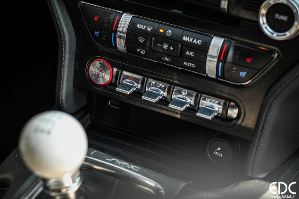 Ford Mustang Bullitt commandes