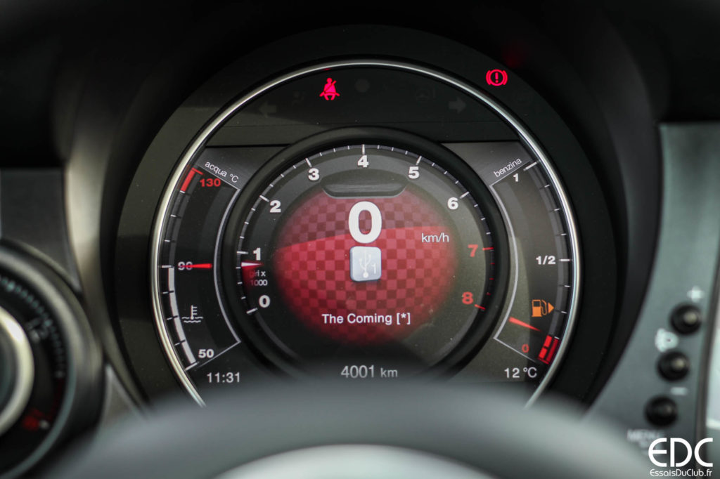 Abarth 595 compteur sport