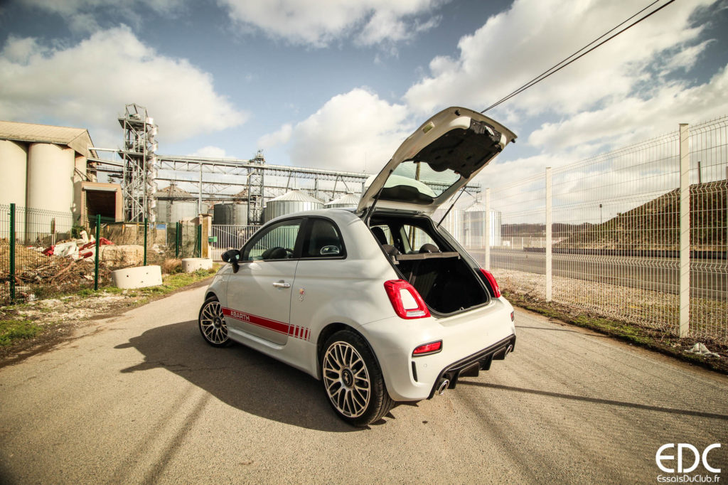 Abarth 595 boot