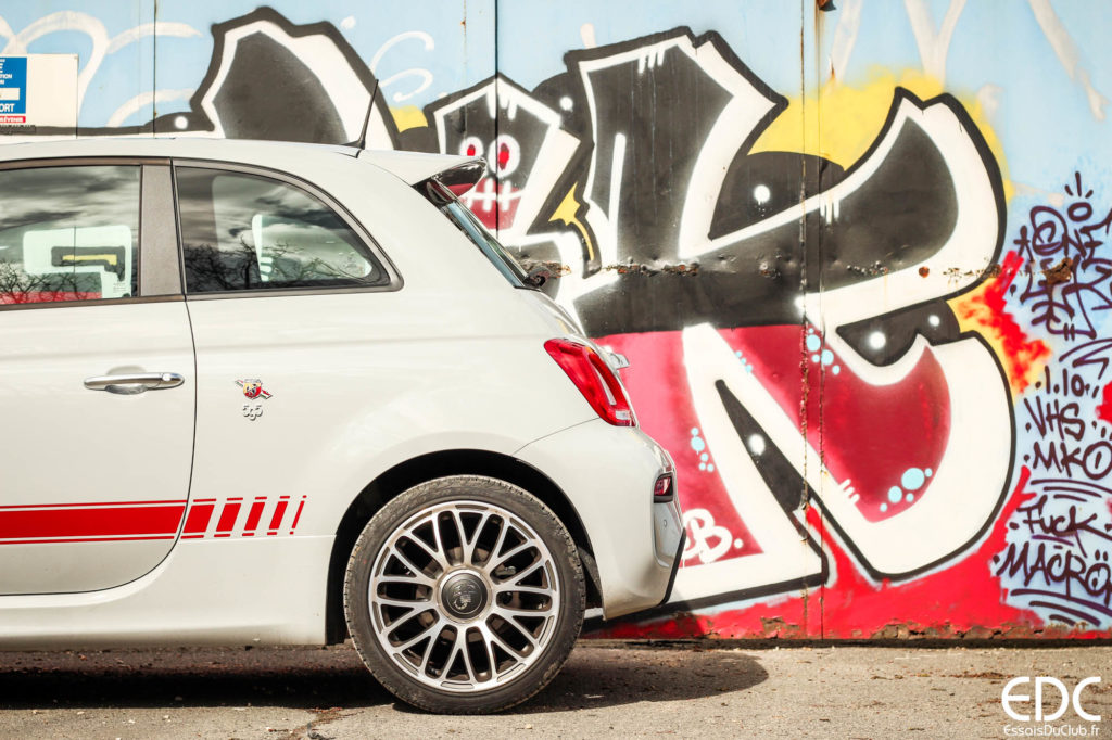 Abarth 595 back