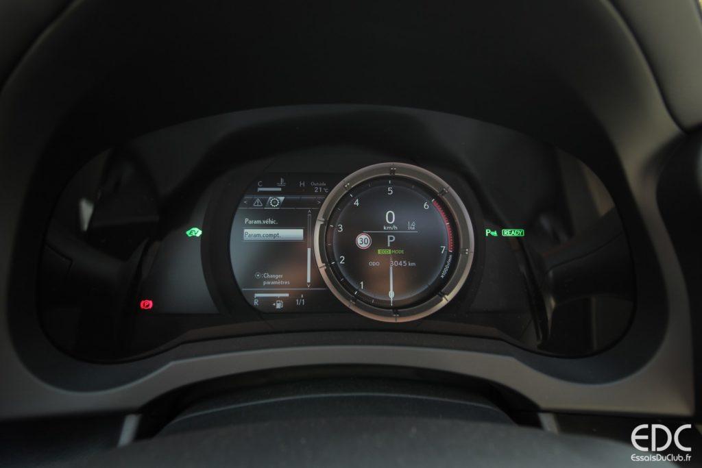 Lexus RC 300h EDC (32)